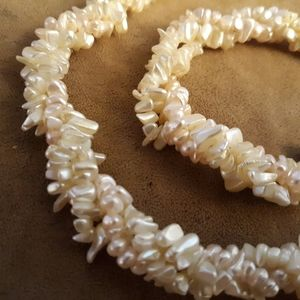 Vtg Creamy Freshwater Rice Pearl Collar necklace